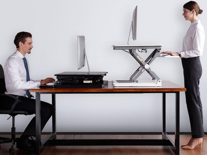 Finding a comfortable standing desk: Factors that matter