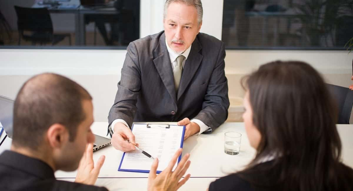 Four Tips to Hire a Divorce Attorney to Protect Your Wealth and Rights in a Divorce
